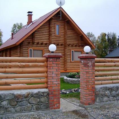 Забор из горизонтального штакетника